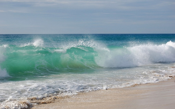 4897960_ws_Sea_Waves_1024x768 (700x437, 98Kb)