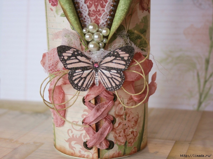 Party_Favors_Gabrielle_Pollacco_BoBunny_Garden_Journal_Butterfly_Stamps_close2 (700x522, 244Kb)