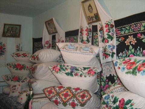 подушки бабуш (480x360, 166Kb)