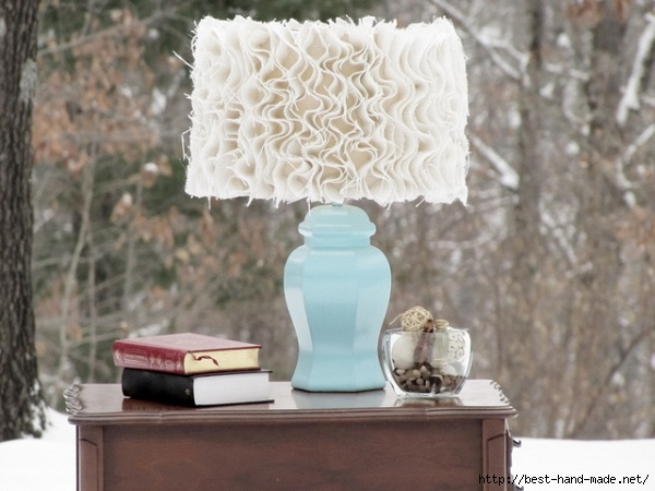 18070__Ruffled-burlap-lamp-shade (600x450, 154Kb)