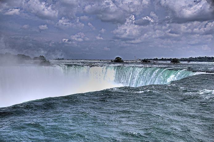 壁纸 风景 旅游 瀑布 山水 桌面 694_462