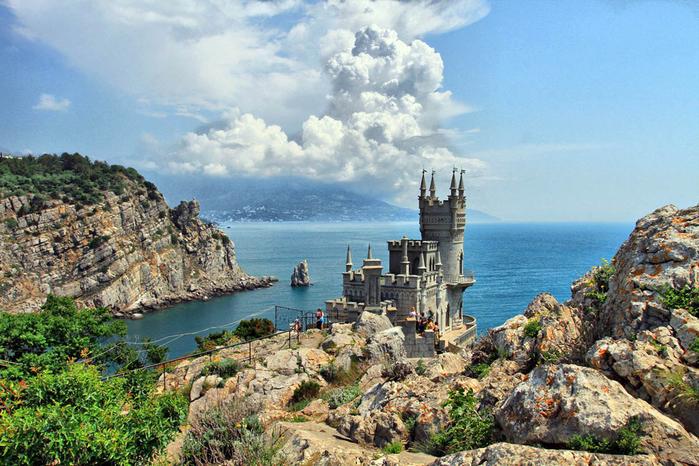 1. Крым. Замок Ласточкино гнездо (700x466, 492Kb)