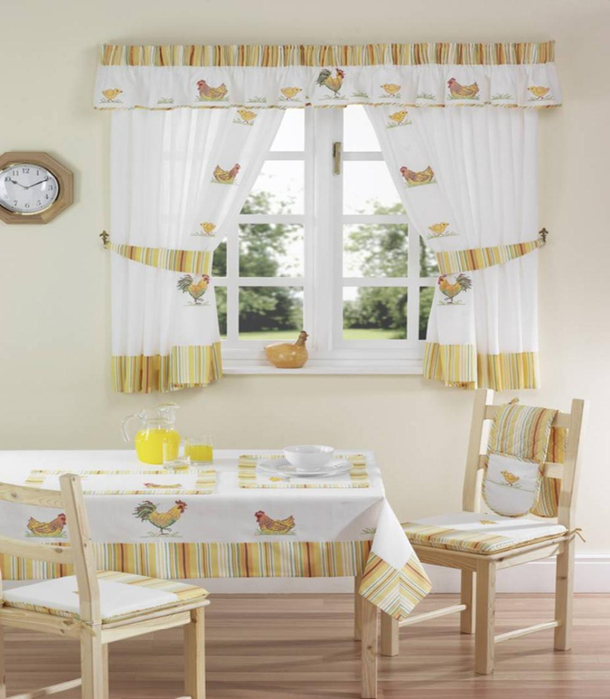 cute-farm-theme-dining-room-with-wooden-dining-set-displaying-rooster-hen-pattern-curtains-and-valance (610x700, 306Kb)