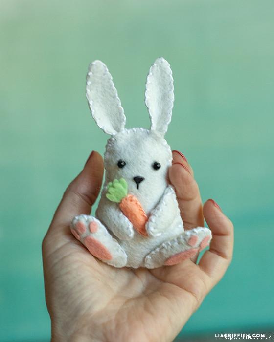 Felt_Easter_Bunny-560x700 (560x700, 160Kb)
