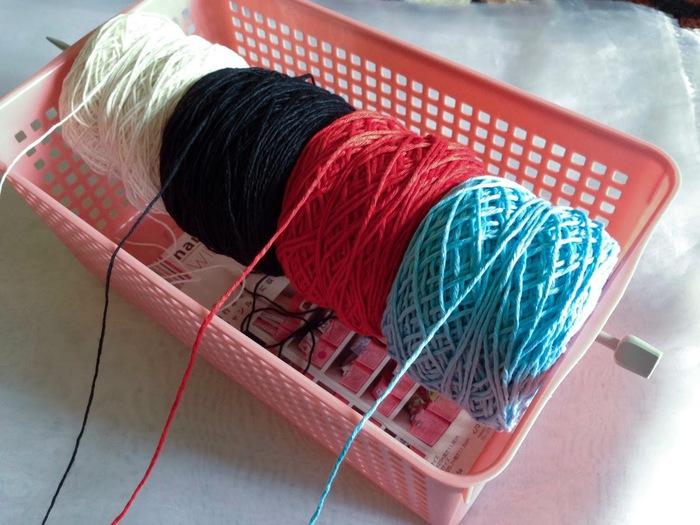 yarn organizer (700x525, 117Kb)