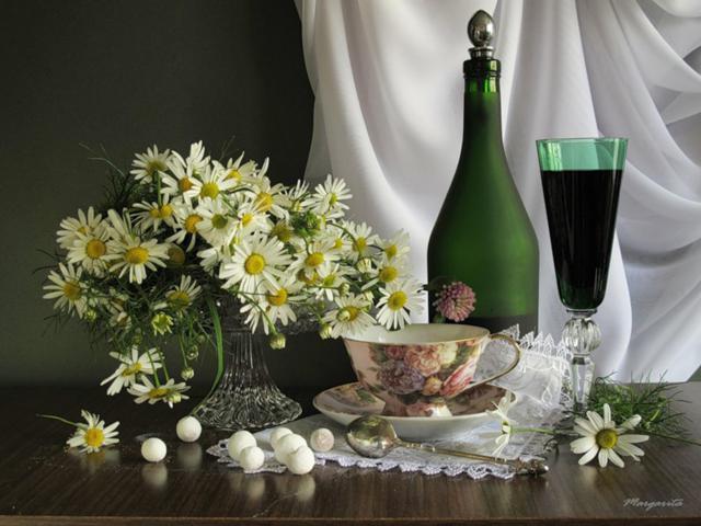 Натюрморт с ромашками и вином-1 (640x480, 45Kb)