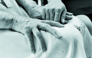 В Петербурге создали команду для оказания помощи умирающим пациентам (350x222, 55Kb)