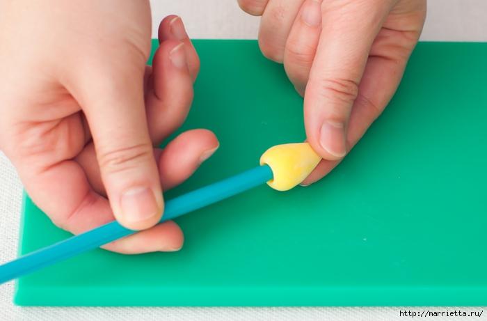 Сладкие НАРЦИССЫ из сахарной мастики (5) (700x461, 160Kb)