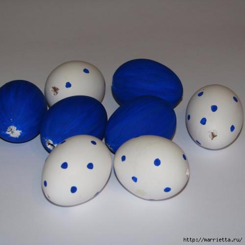Синий пасхальный венок из яиц (5) (500x500, 59Kb)