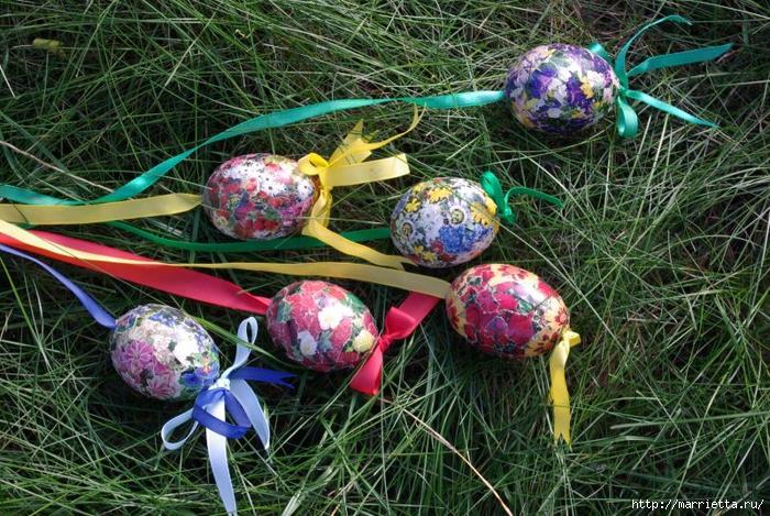 Пасхальные яйца в технике коллаж (6) (700x469, 395Kb)