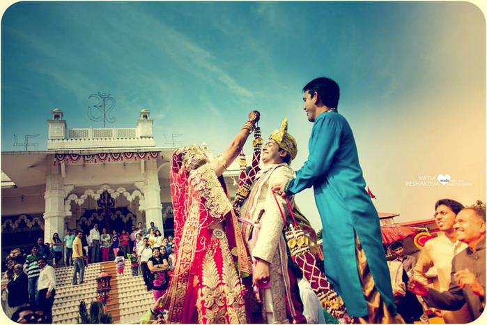 традиционная индийская свадьба фото 3 (700x466, 388Kb)