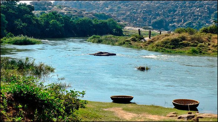 Река Тунгабхара. Хампи, Индия/3673959_1 (700x393, 118Kb)