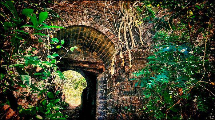 Реди форт. Штат Махараштра, Индия/3673959_9 (700x393, 313Kb)