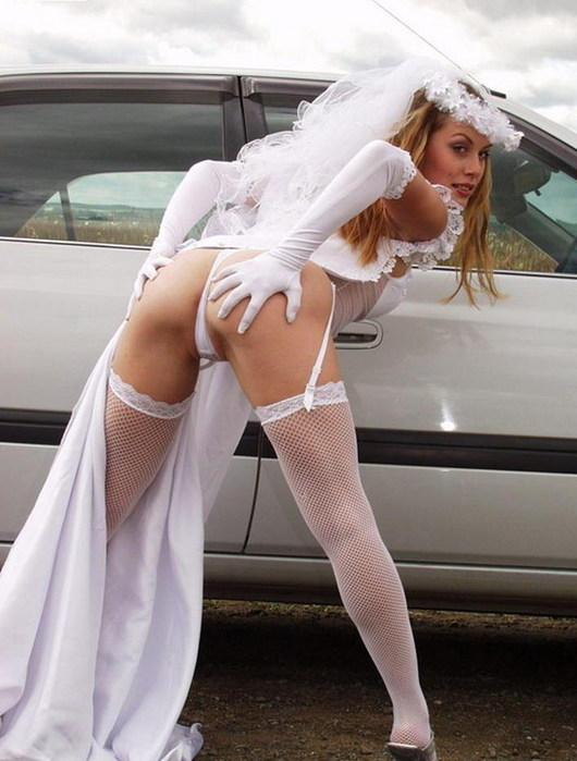 Смотреть порно женщина в платье 4 фотография