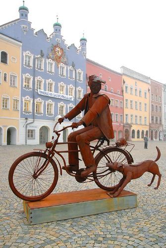 Интересная монументальная скульптура - Страница 2 32540154_Germaniya_Burghauzen___na_gl
