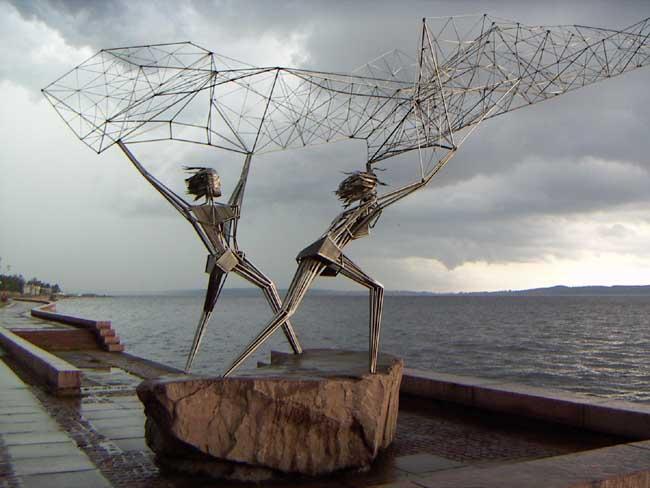 Интересная монументальная скульптура - Страница 2 32700166_Fishermen