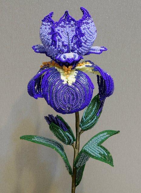 цветы из бисера фото: