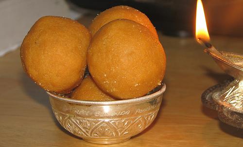 Ладу индийские сладости