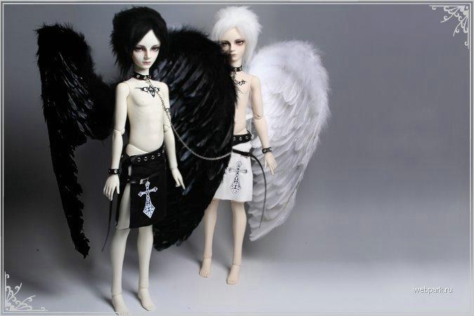 Gothic_Dolls_2 (675x450, 37Kb)