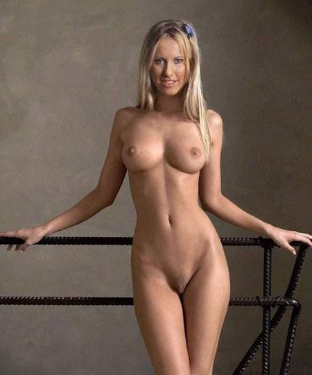 18 Ksenia Sobchak Nude Photos: Death Threats Received