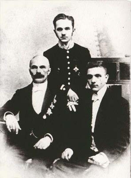 Карл Булла и сыновья