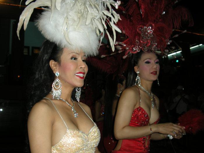 Парад трансвеститов порно видео
