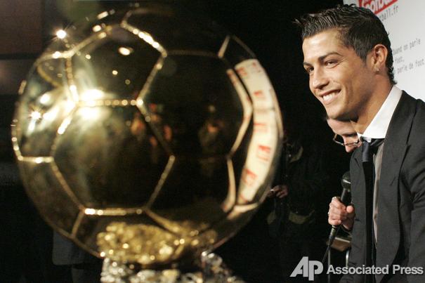 Золотой Мяч для Криштиано Роналдо