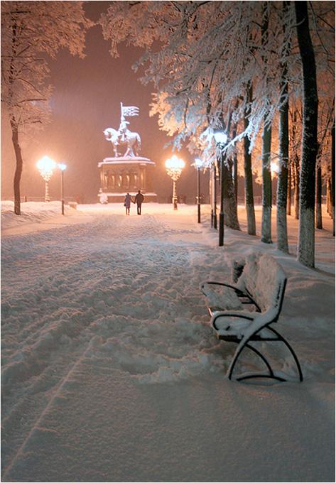 Евтушенко а снег идет а снег идет
