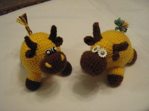 Корова Лимонка и бык Лимончик