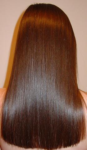 ...притяжения отрицательно заряженных частиц состава к волосам, имеющим...