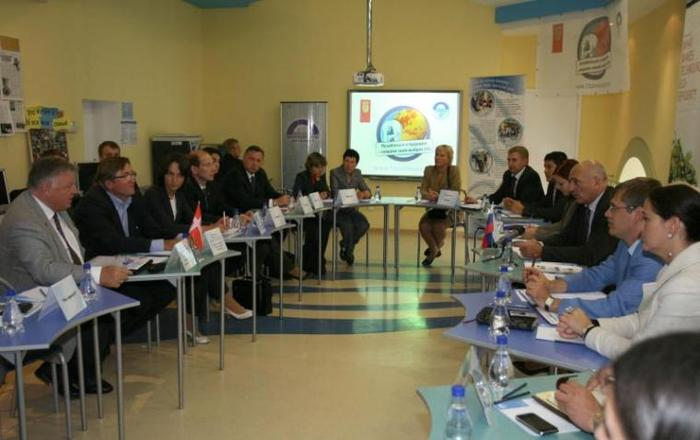 Круглый стол с участием партнеров проекта «Одной тонной меньше»