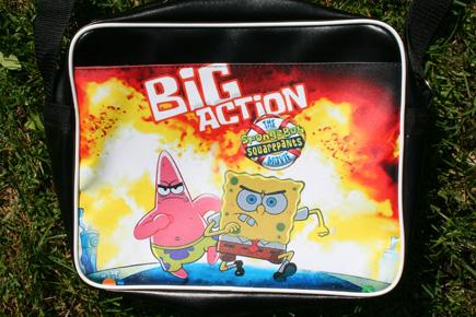 Сумка Спанч Боб Big Action На сумке нарисована яркая картинка бегущих...