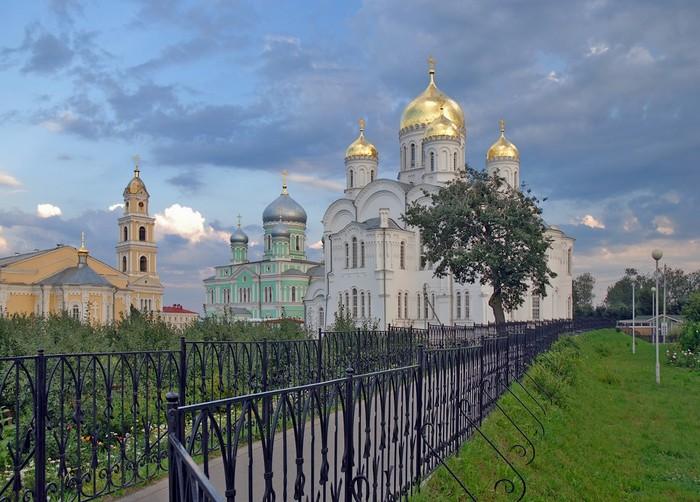 дивеевский монастырь - Самое интересное в блогах: http://www.liveinternet.ru/tags/%e4%e8%e2%e5%e5%e2%f1%ea%e8%e9+%ec%ee%ed%e0%f1%f2%fb%f0%fc/