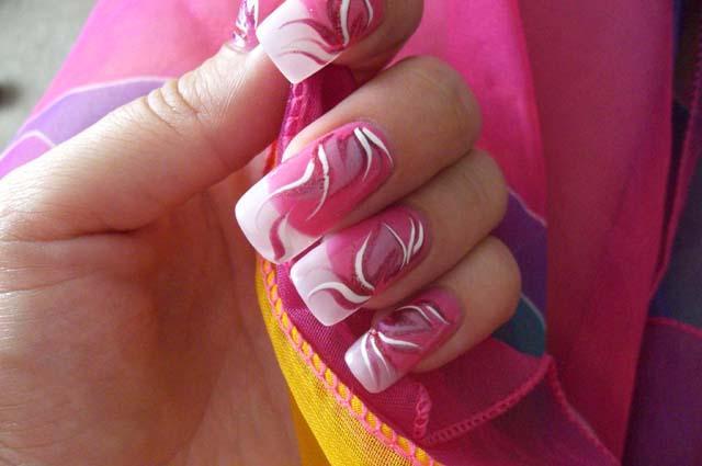 Как вы уже поняли из названия, для создания даже простых рисунков на ногтях иголкой нам понадобятся: основа.