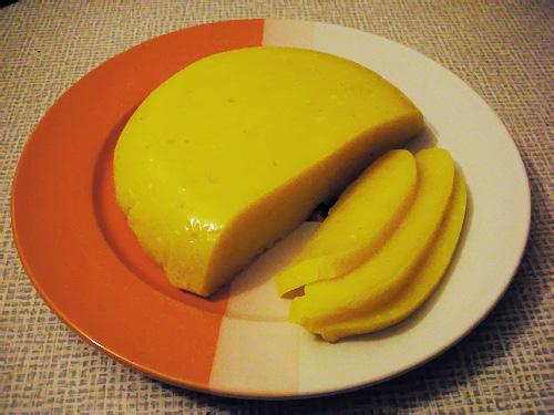 """Оказывается  """"варить """" твердый вегетарианский сыр очень просто:). твердый сыр типа голандского,без сычуга..."""