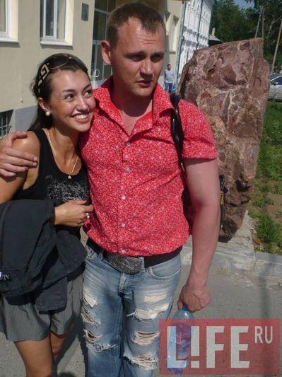 sama-polnostyu-golaya-yulya-zaharova