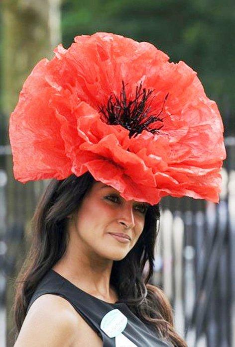 Шляпа в виде цветка