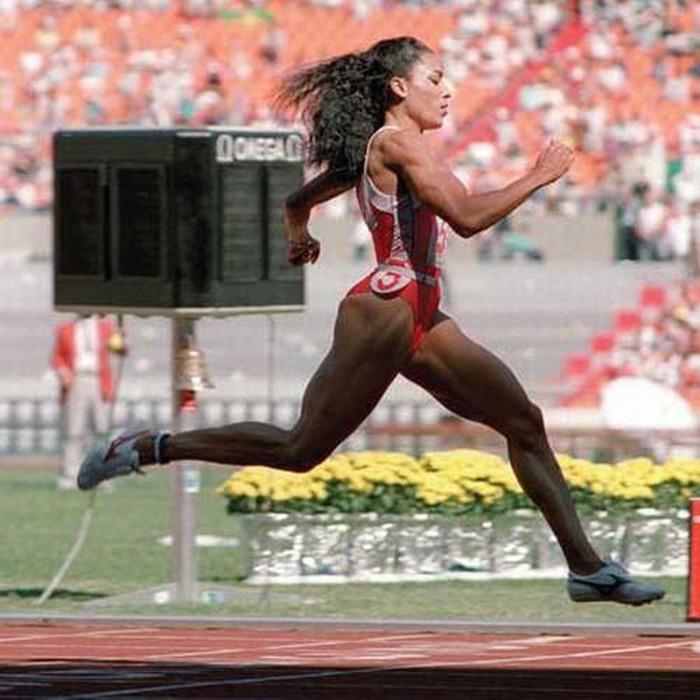занятиях женский мировой рекорд 100 метров кожа термобелье термобелье