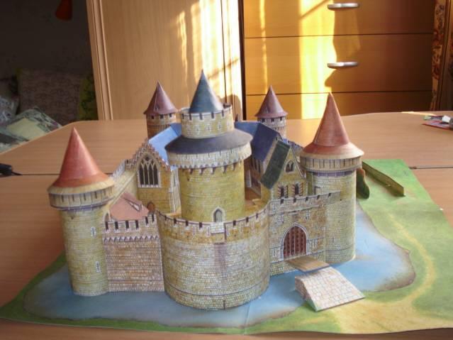 Как сделать средневековый замок своими руками из