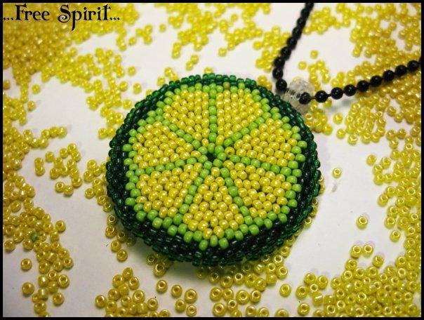 Мозаичное плетение по кругу.Мк.бисер.  Комментарии Японский бисер toho - Куб 3 мм.