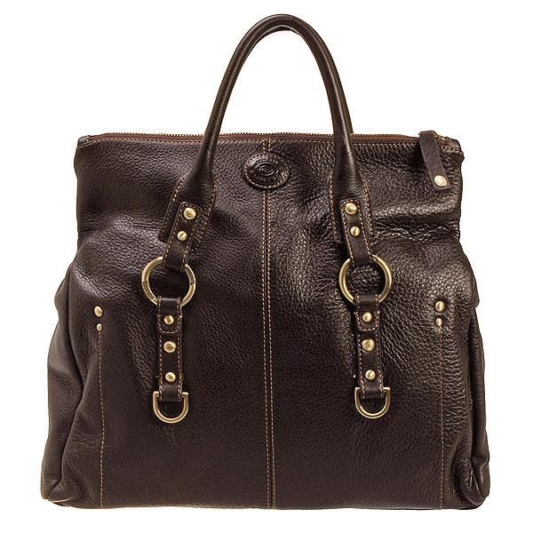 Содержимое женской сумочки - не только зеркало души ее владелицы, но и...