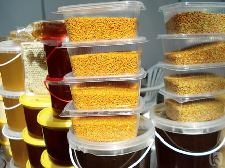 Не зря говорят, что мёд - это жидкое золото.  Ведь о целебных свойствах...