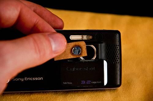 Как сделать из своего телефона скрытую камеру