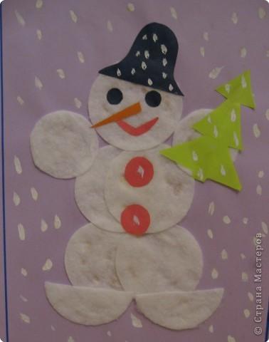 Поделка из ватных дисков своими руками снеговик