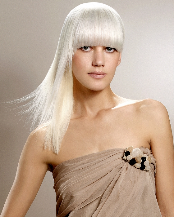 белые волосы с чклкой магазинов