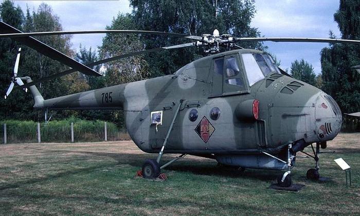 На его вертолётах были впервые совершены перелёты через Атлантический (S-61; 1967) и Тихий (S-65; 1970) .
