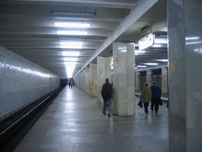 метро «Полежаевская»