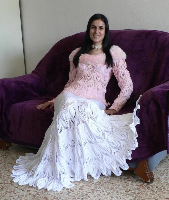 Стильные пуловеры и юбка по одному узору.  Вязание спицами. свой цитатник или сообщество!