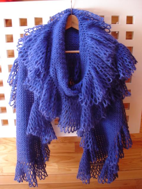 Схему брала в интернете.  Длина шарфа около двух с половиной метров.