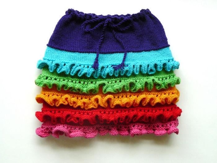 Описание: prodetey.ru - Как связать юбку с рюшами.